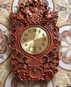 đồng hồ treo tường cỡ nhỏ